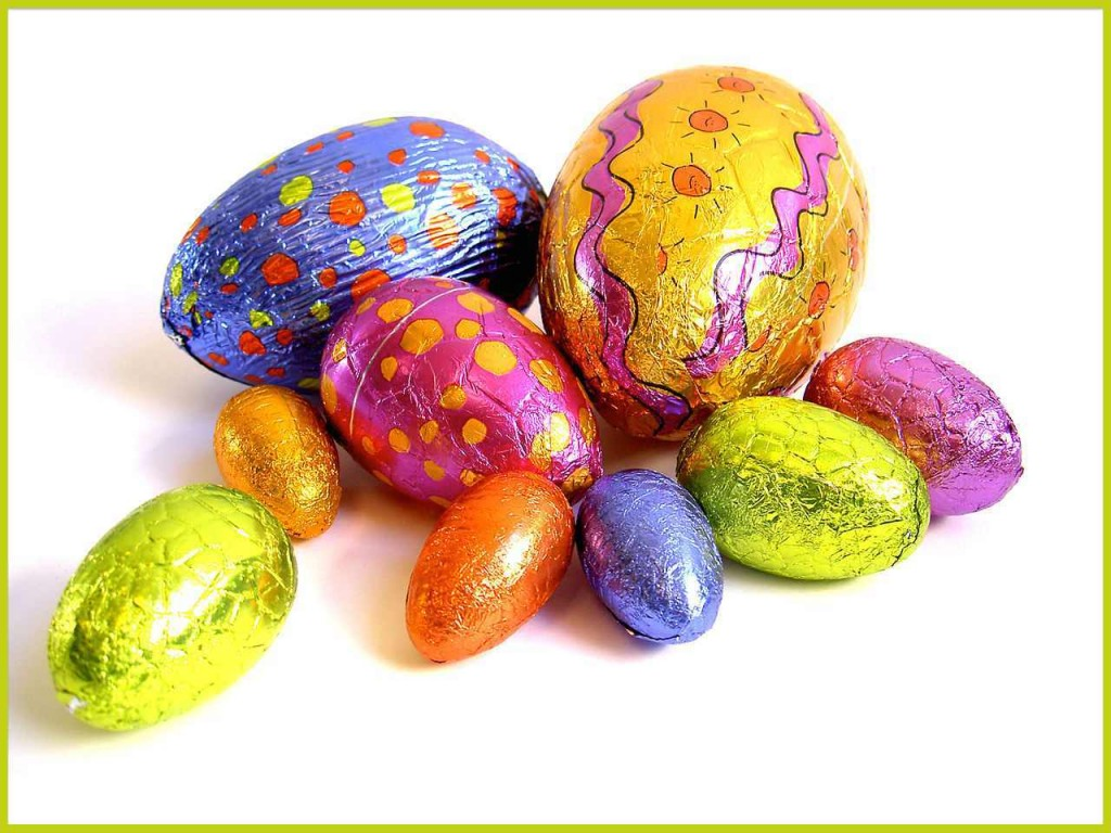1280px-Easter-Eggs